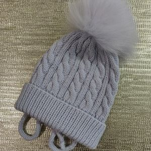Wool kids hat with real arctic fox fur pompom